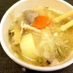 おむすび処 安曇野 - 料理写真:豚汁 250円