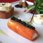ビストロ リトモ - 春のシェーヴルチーズ3種!!冷やしたロゼワインで春の味わいをお楽しみください。