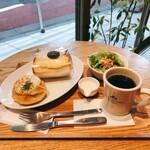 ブレッド&コーヒー イケダヤマ - ちょっと贅沢なランチ