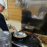 """Gyuusujikarechiisanakareya - ご主人はボクの""""味噌豚""""の調理にかかった♪"""