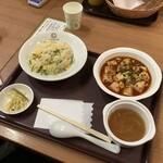 中国大明火鍋城 木の葉キッチン - 料理写真:マーボー&小チャーハン定食 850円