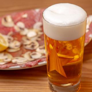 お酒が主役!セラーから選べる「拘り」ワイン&「最高」のビール