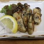 立呑み処 あべの銀座 - 生牡蠣バター炒め