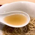 燃えよ麺助 - 料理写真:あっさり醤油スープ