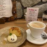 カフェド アニバーサリー - コーヒーとベイクドチーズケーキ