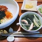 まつの実 - 韓国風豚丼セット @1200円