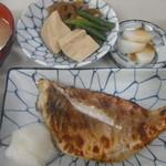 ますだや - 赤鯛粕漬焼定食:750円