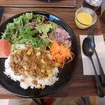 佐助カフェ - 料理写真:粗挽きビーフキーマカレー¥1,200(パンorライス)