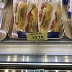 123680894 - 美味しかったので翌朝朝食に買ってみた