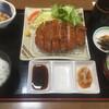 しゃぶしゃぶ・とんかつ・ステーキ TON - 料理写真:厚切りロースカツ定食