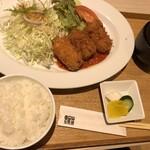 キッチン トモエ - コロッケ定食