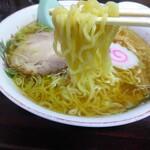 修ちゃんラーメン - 麺アップ