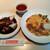 神戸元町別館 牡丹園 - 麺・飯1品にメインも選べるメインセット1,350円、右は牛肉の卵とじかけごはん、左はハーフサイズの黒酢酢豚