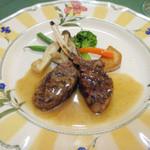 レストラン イグレック - 3675円のコースの仔羊のロース肉