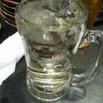 12370415 - ビールは苦手な銘柄の為、ロックワインにする。