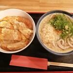 123707417 - 「カツ丼セット」温うどんチョイス  700円