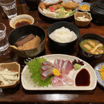武馬 - お造りとおでん定食¥600税込