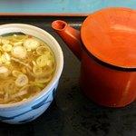 なごみそば - なごみそば @板橋区役所前 ミニ丸湯桶から注いだ蕎麦湯でルチン追加補給