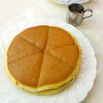 123723393 - ホットケーキ(モーニングサービス・コーヒ付¥800)。ガムシロップが付いてくる