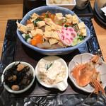 ときすし - 海鮮チラシと付き出し3種