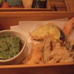 懐食吉田 - 月ランチ 天ぷら&蓬豆腐