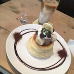 イーズカフェ - ♢生チョコバナナパンケーキ