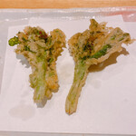 天麩羅 なか江 - 季節柄の菜の花