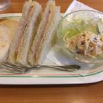 コーヒー & ランチ ポージィ - 料理写真:Cセットのトーストサンド