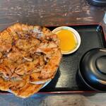 ぶたいち - ぶたいち@帯広本店 ミックス豚丼・大盛(1220円)