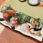 釜飯と和食 旬 - お刺身五点盛り    1800円