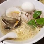 Shioshougaramensemmontemmanisshu - どの国にもないめちゃめちゃ旨い塩らー麺