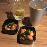 焼肉ええご - キムチ3種盛り合わせ(白菜・大根・胡瓜)