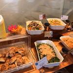 さかいキッチン - ビュッフェコーナー