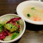 """PASTA&WINE ポポラマーマ バル - """"どちらか一方のスープとサラダを両方付ける"""""""