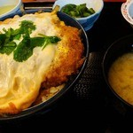 天婦羅 たる松 - 2012年3月。カツ丼もイケル(天ぷらは11時からオーダー受付ってことでこれに変更)。