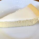 カフェベルニーニ - チーズケーキ@430円