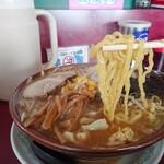 ラーメン党 ひさご - 太麺(野菜味噌)