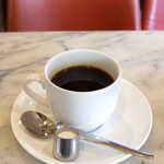 ドレミ - コーヒ(¥400)。それほど苦みが強いわけではなく、バランスが取れた味わい
