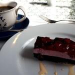 ジョイア・ミーア - Aコース(2800円) 本日のデザート&ホットコーヒー