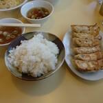 Kadoyashiyokudou - 餃子定食 600円
