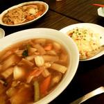 暖龍 - ランチ 炒飯とあんかけ焼きそばのセット