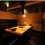 焼肉居酒屋 マルウシミート - 4名様ボックス席でゆったりと・・・