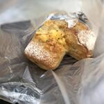 ベーカリーカフェデリス - チーズのリュスティック