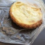 ベーカリーカフェデリス - クリームチーズのタルト