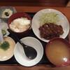 どん平 - 料理写真:半とんかつ半とろろミニセット(980円)