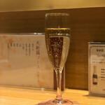 天麩羅 なか江 - シャンパンフルートに良く似合う