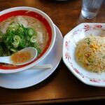 第一旭 - 料理写真:スペシャル(並)炒飯セット