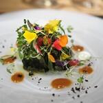 ARMONICO - 黒アワビの肝和え イタリアンパセリのサラダ仕立て
