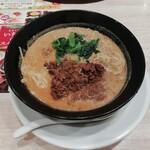 ガスト - ピリ辛肉味噌担々麺(麺大盛り・879円)