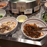 ニューオータニ ダイニング&カフェ - 料理写真:サラダバー